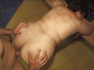 Мама мастурбує в WW big granny hindi sexy video a chair